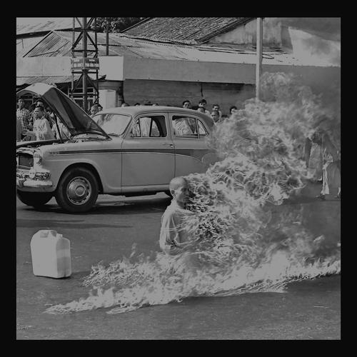 Rage Against The Machine - Killing In The Name  (2012)